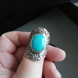 Beautiful Sterling and Turquoise Saddle Ring